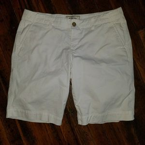 Old Navy Perfect Bermuda Shorts size 12